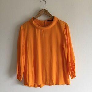 Zara blouse 🤩